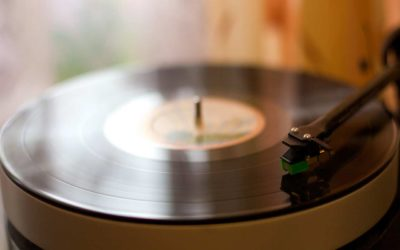 The myths and reality of vinyl records vs. CDs.